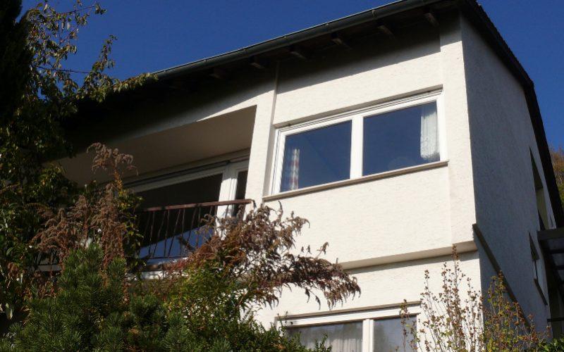 Einfamilien-Doppelhaushälfte in schöner Aussichtslage