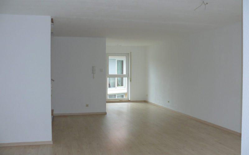 Bezugsfertiges Reihenmittelhaus mit 5 Zimmern, Terrasse und Garage