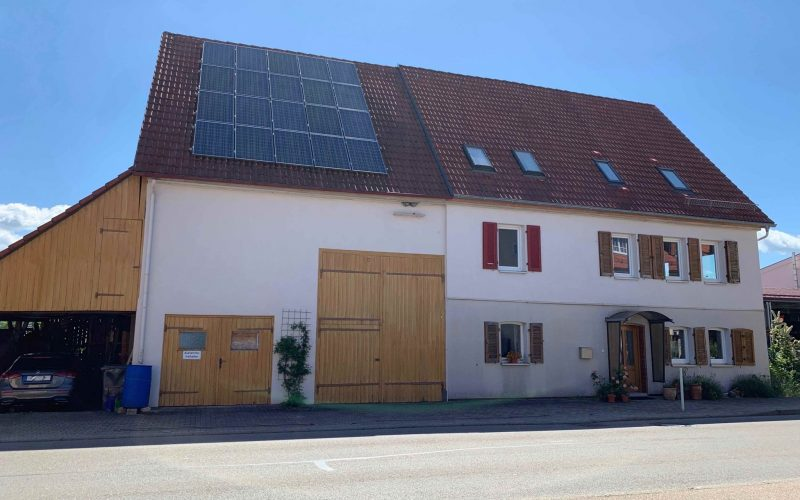 Bauernhaus mit Scheune, freiwerdend, teilrenoviert, großes Potenzial