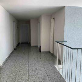 Treppenhaus-Wohnungseingangsbereich