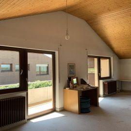 Studio im DG mit Balkon