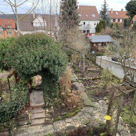Mit den umliegenden Gärten ergibt sich eine große grüne Lunge